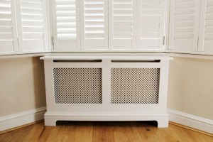 Lonon radiator cover
