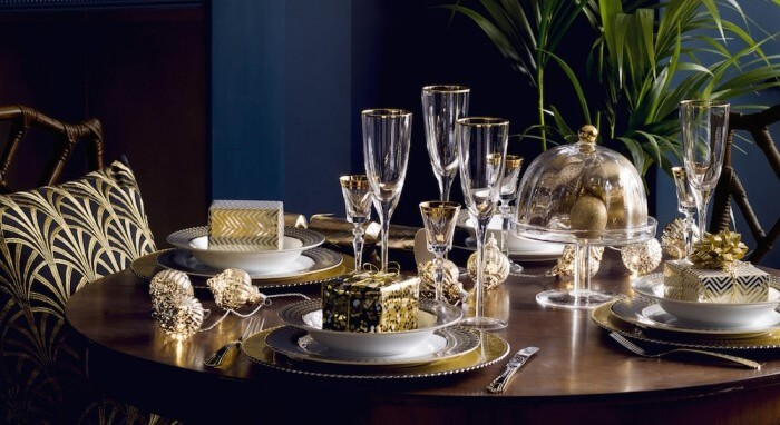 glamorous-christmas-table-setting